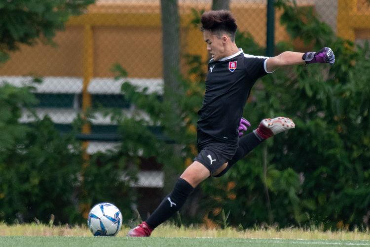 Nanyang keeper Shane Lau (#1) takes a goal kick.