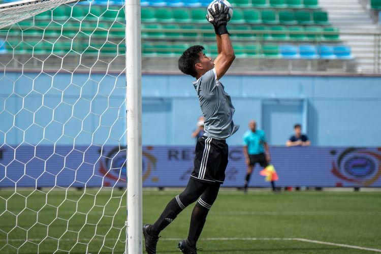 VJC keeper Wong Yi Hong (#1) stops a ball from entering his goal.