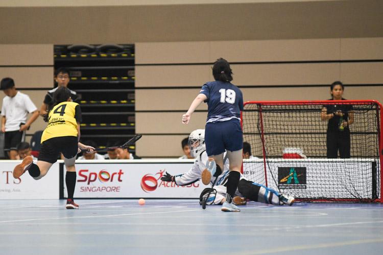 Mavis Ng (VJC #34) scores for VJC. (Photo 1 © Iman Hashim/Red Sports)