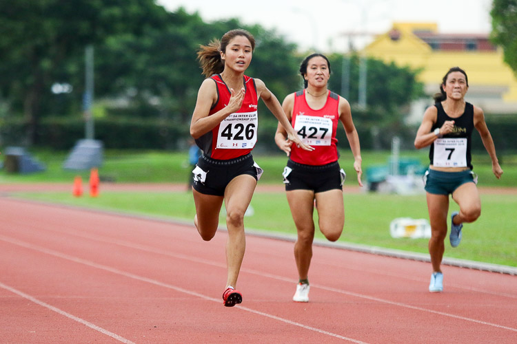 Clara Goh (#426) of TP clinched gold in the Women's 100m final with a time of 12.72s. (Photo 44 © Clara Lau/Red Sports)