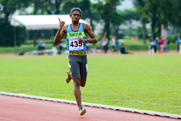 Kiranraj Suresh (#435) of Trackstar Athletics crossing the finish line of the Men's 1500m, he came in fourth overall with a time of 4:22.79. (Photo 40 © Clara Lau/Red Sports)