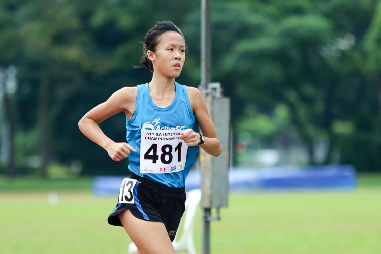 Clarice Lau (#481) of ActiveSG Athletics Club won the first timed final of the Women's 1500m, but settled for bronze overall with a time of 5:15.37. (Photo 36 © Clara Lau/Red Sports)