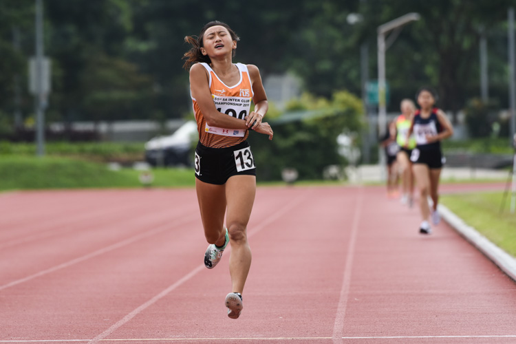 Vanessa Lee of NUS finished first in the Women's 1500m stopping the clock at 4:58.11. (Photo 1 © Iman Hashim/Red Sports)