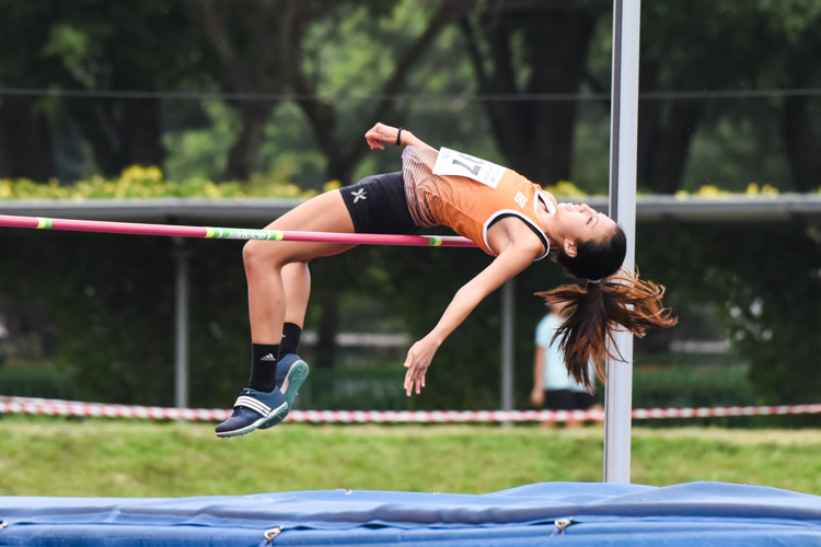Estella Ng of NUS won the Women's High Jump with a best height of 1.55m. (Photo 1 © Iman Hashim/Red Sports)