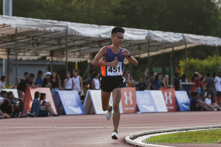 Burton He of Wings Athletic Club finished third in the Men's 10,000m with a time of 34:34.37. (Photo 1 © Iman Hashim/Red Sports)