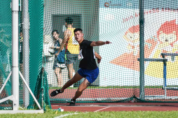Benny Lam of Wings Athletic Club won the Men's Discus event with a 44.81m throw. (Photo 1 © Iman Hashim/Red Sports)