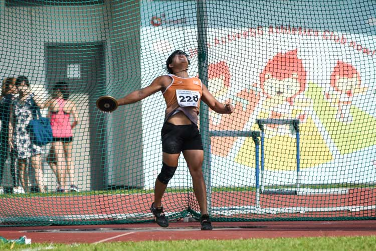 Tan Ting Jun of NUS placed fourth in the Men's Discus with a 39.07m throw. (Photo 1 © Iman Hashim/Red Sports)