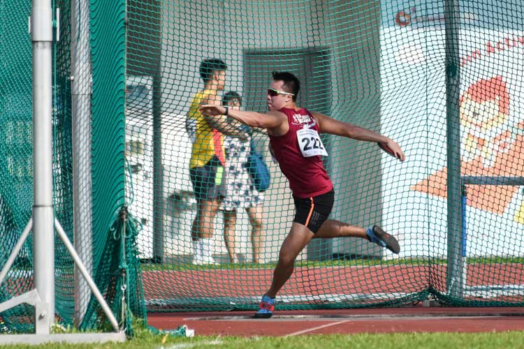 Brian See of NUS came in second in the Men's Discus with a 44.50m throw. (Photo 1 © Iman Hashim/Red Sports)