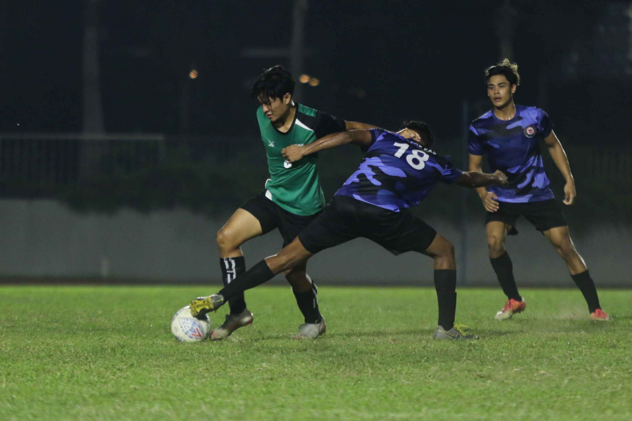 ITE earns hard fought 2-0 win over RP in POL-ITE fixture. (Photo 11 © Clara Lau/Red Sports)