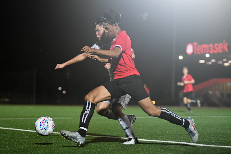 Temasek Polytechnic cruised to a 5-0 win over Singapore Management University to book their place in the semi-final of the Institute-Varsity-Polytechnic football tournament. (Photo 1 © Stefanus Ian/Red Sports)
