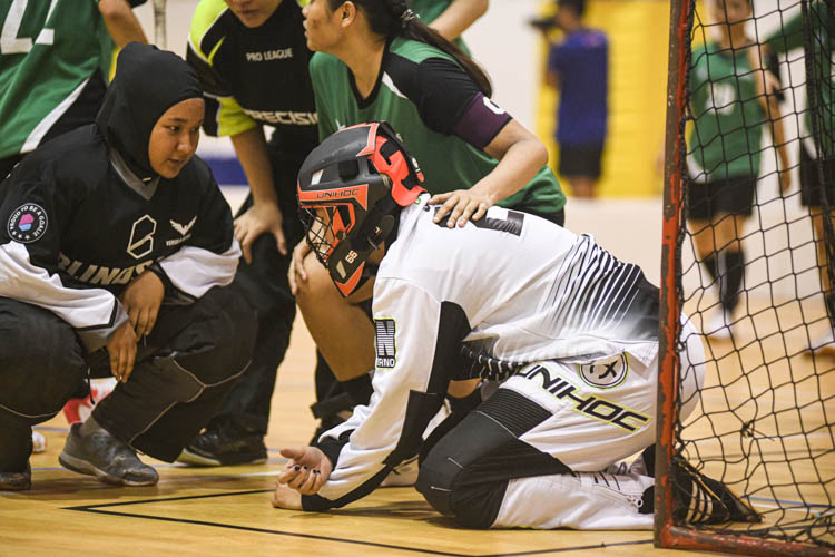 Nanyang Technological University completed their Institute-Varsity-Polytechnic (IVP) floorball season in a close-to-perfect run against Republic Polytechnic. The girls in red dominated the match with a 2-0 win as they were crowned 2019/20 IVP champions.(Photo 1 © Stefanus Ian/Red Sports)