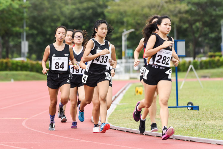 Charlyn Lee (#433) of Temasek Polytechnic finished fifth in the Women's 1500m with a time of 6:04.26. (Photo 1 © Iman Hashim/Red Sports)