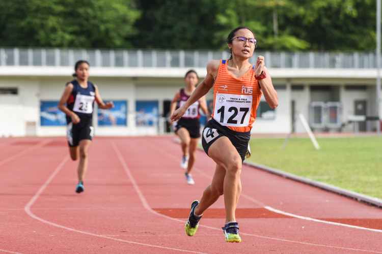 Celeste Goh (#127) of NUS clinched the Women's 400m gold with a time of 1:02.59 in the final. (Photo 1 © Iman Hashim/Red Sports)