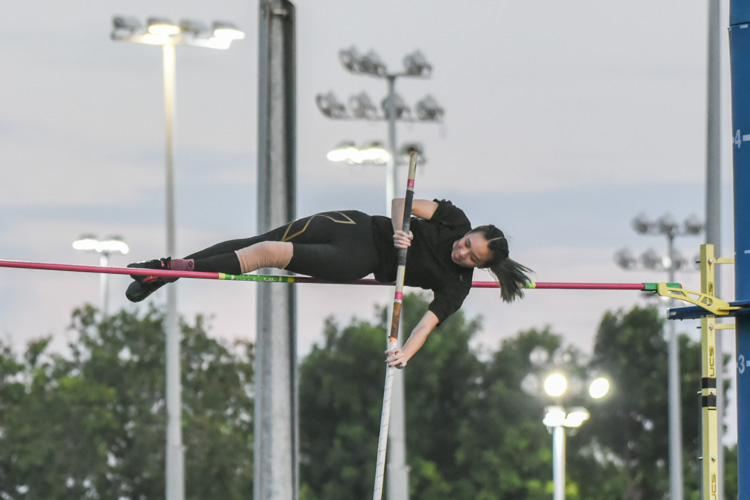 Cherlin Sia of Ngee Ann Polytechnic set a new IVP record of 3.20m en route to winning gold in the women's pole vault. (Photo 1 © Iman Hashim/Red Sports)