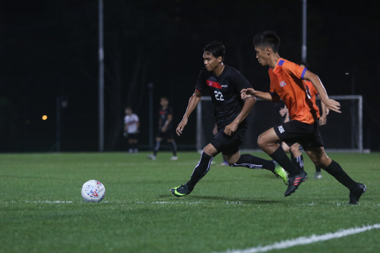 TP edge out NUS 2-1 to claim IVP Football championship. (Photo 15 © Clara Lau/Red Sports)