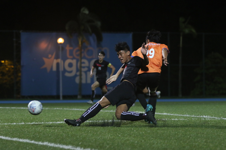 Sean Gerard Calimag Caranguian (TP #19) pulls off a shot that went just wide of the goal. TP edge out NUS 2-1 to claim IVP Football championship. (Photo 2 © Clara Lau/Red Sports)